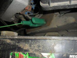 Green grounding clamp
